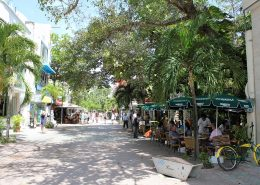 Playa Del Carmen street-side restaurant